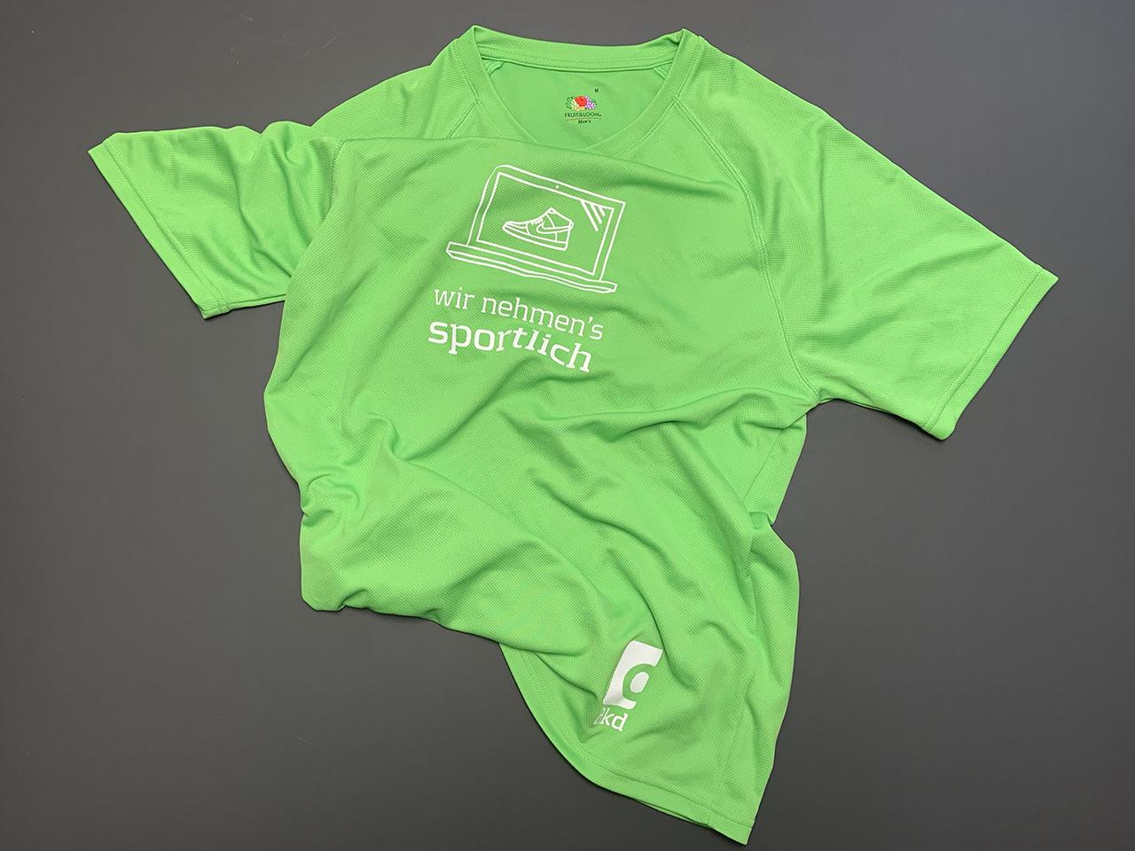 Grünes JP Morgan Funktionsshirt
